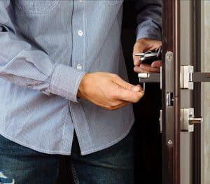 שירותי תיקון דלתות עם אחריות